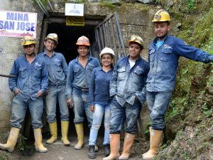 Coffee Beans and Gold Nuggets – New Fairmined certified mining cooperative in Colombia